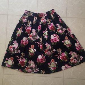 She & Sky Floral Pleated Skirt Women's S
